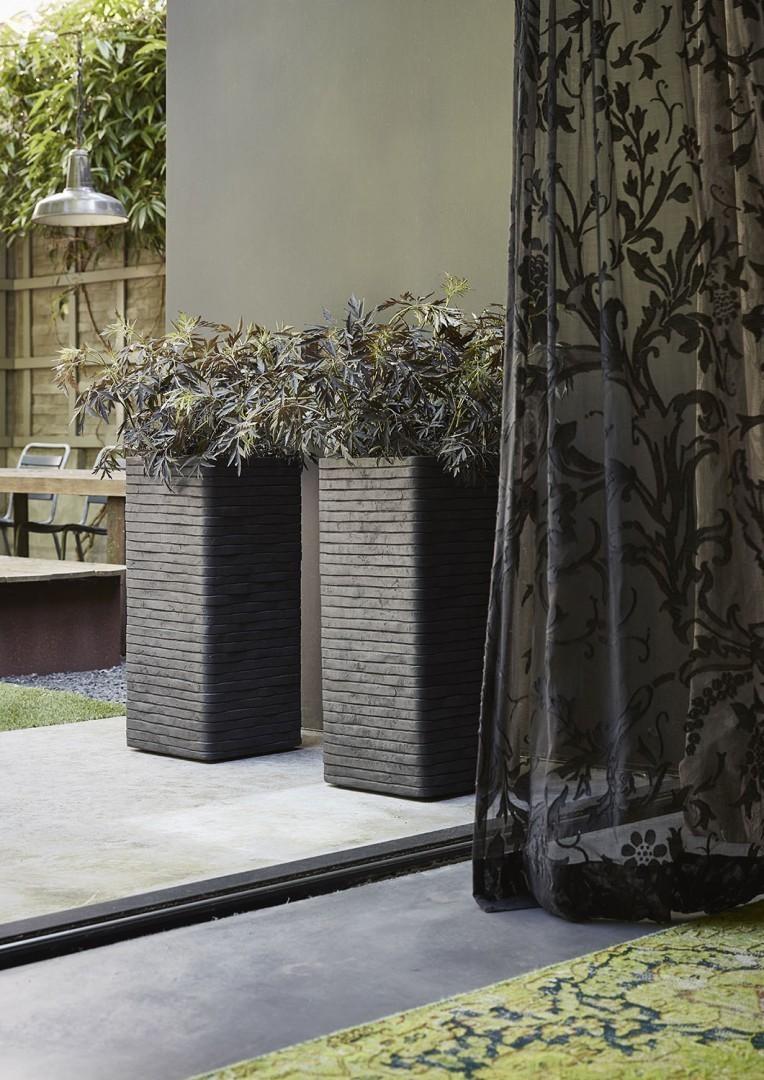 Ваза садовая из цемента RWG782 47 см